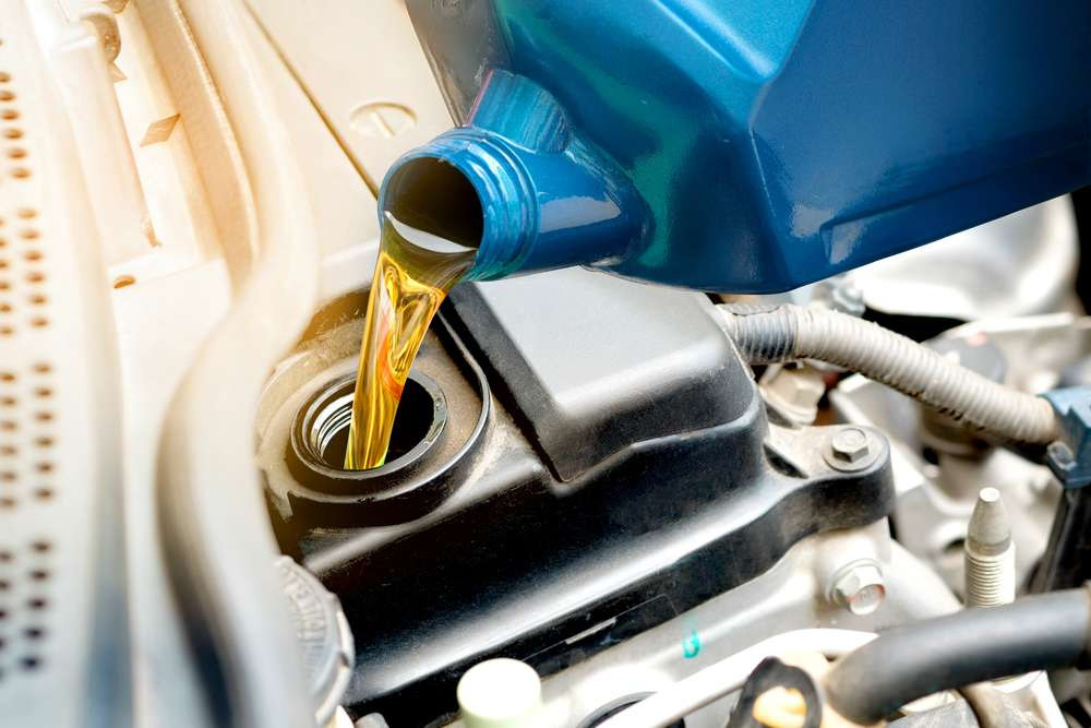 Is It Better To Go To A Dealer For An Oil Change